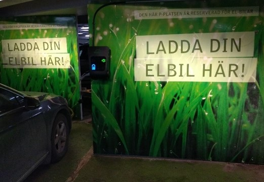 CBRE-elbil-laddstation-garage